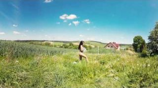 Bravo Models Media - 360 VR Sexy videos - Model: JANE Clip: With horse in nature